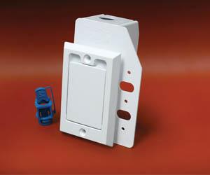 791760W HAYDEN SUPERVALVE SQ DOOR WHITE W/ NEW BCK PLT